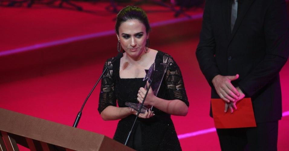 12.nov.2013 - Tatá Werneck vence na categoria atriz revelação