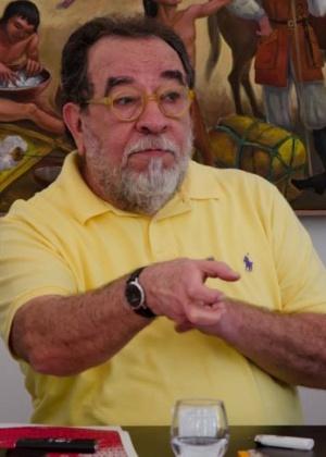 O escritor Fernando Morais critica a posição do seu partido - Laurence Bergreen/Divulgação