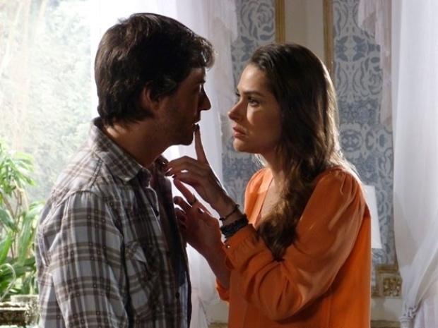 "Em ""Amor à Vida"", Leila manda Thales seduzir Natasha"