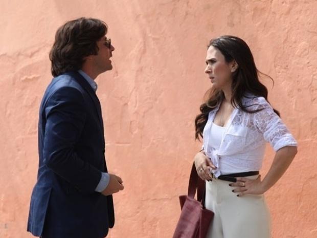 """14.nov.2013 - Em """"Amor à Vida"""", Valdirene e Murilo se unem e tramam plano"""