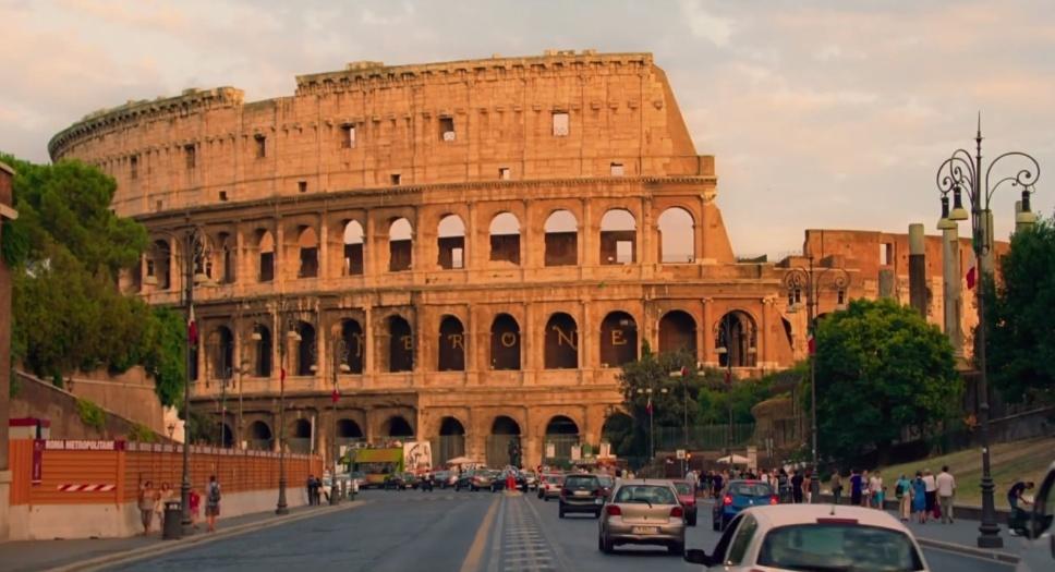 """Cena de """"Para Roma Com Amor"""", de Woody Allen"""