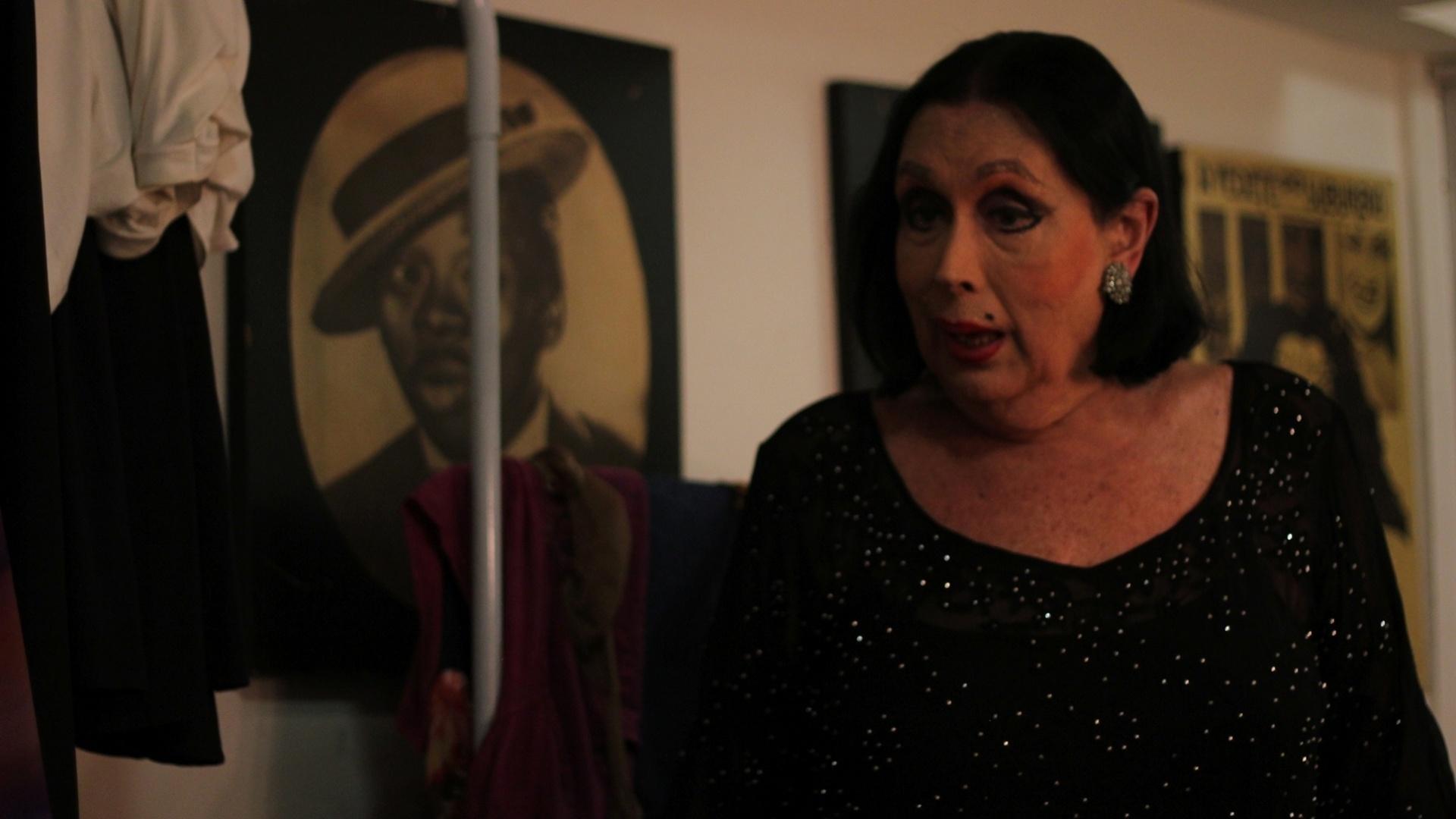18.nov.2013 - Brigitte durante entrevistas feitas para o documentário