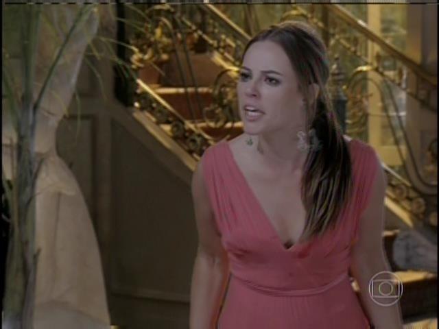 Paloma se recusa a acreditar que foi Félix quem roubou Paulinha