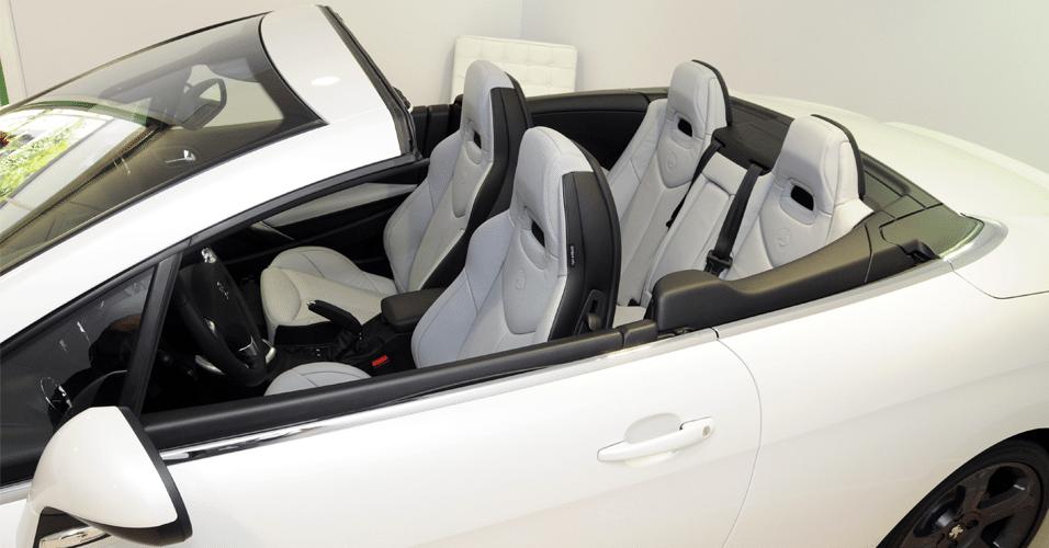 auto premium show mostra de carros de luxo em sp bol. Black Bedroom Furniture Sets. Home Design Ideas