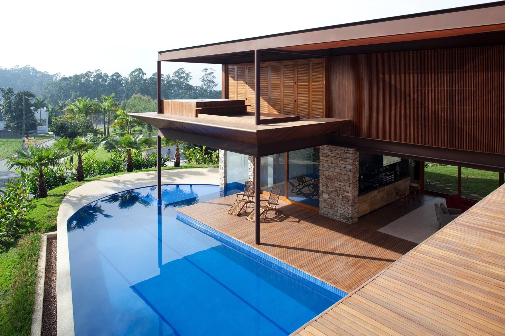 A piscina em