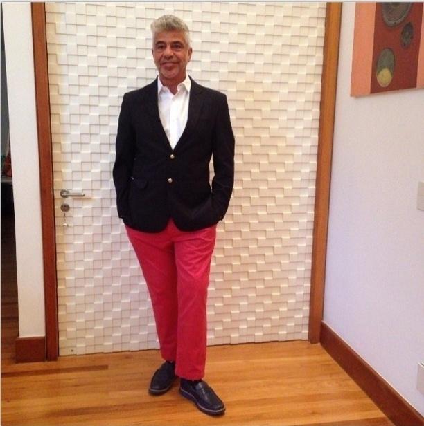 23.nov.2013 - Lulu Santos postou uma foto do seu look para a gravação do especial de fim de ano de Roberto Carlos, na Globo