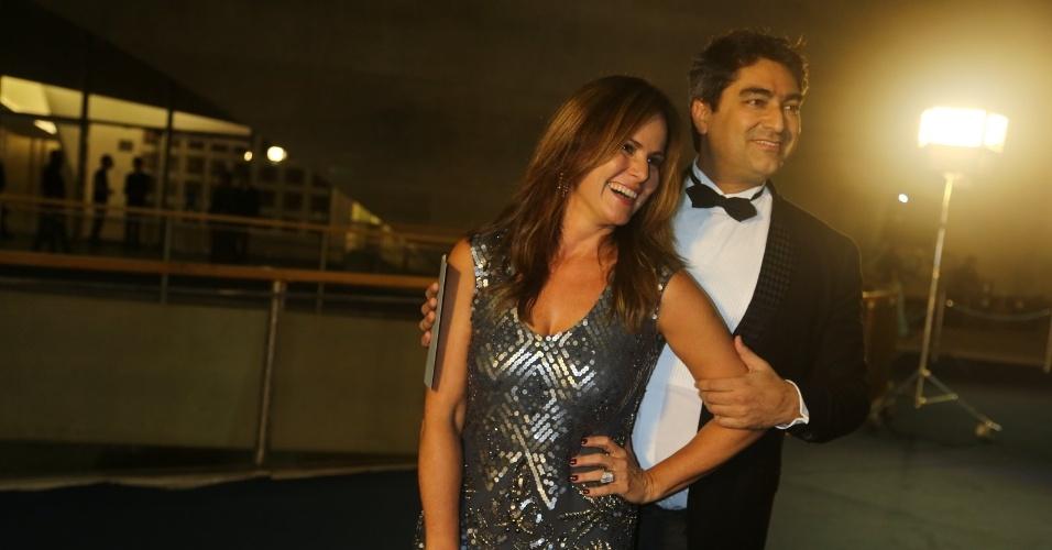 23.nov.2013 - Renata Ceribelli e Zeca Camargo participam do especial de fim de ano de Roberto Carlos, na Globo