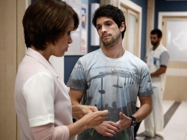"""Em """"Amor à Vida"""", Joana diz poucas e boas para Luciano"""