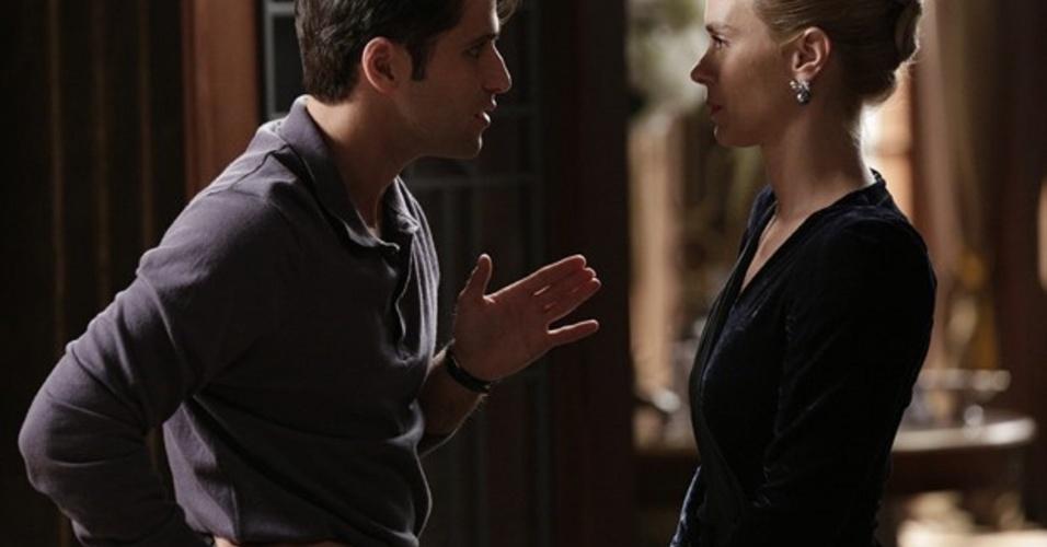 """Em """"Joia Rara"""", Franz e Iolanda se juntam para desmascarar Ernest"""