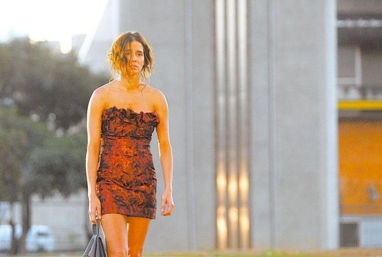 """1.jul.2008 - Em """"A Favorita"""", Deborah interpreta a dissimulada Maria do Céu. Durante a exibição da novela, Céu conquista o carinho do público e se redime no final"""