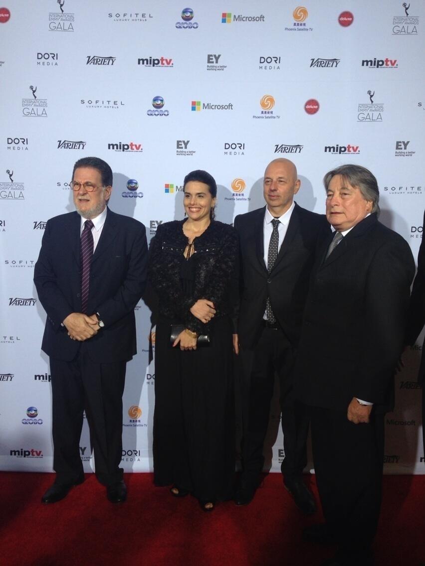 25.nov.2013 - Anabela Pinilla e Eduardo Ripari prestigiaram a 41ª edição do Emmy Internacional que acontece em Nova York. Eles representam o Uruguai
