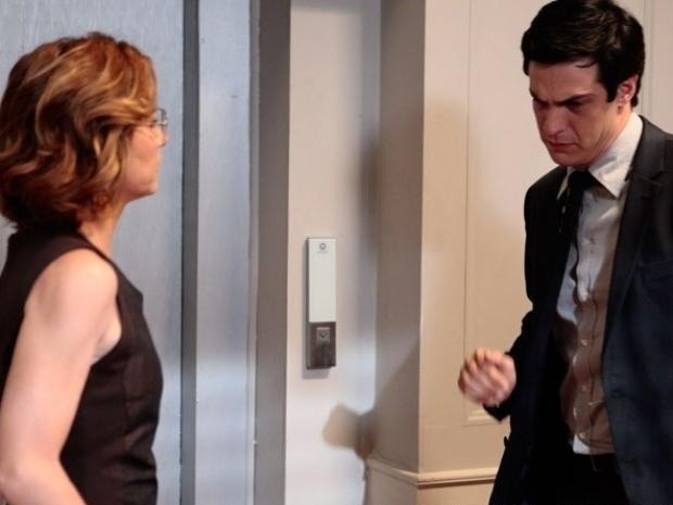 """Em """"Amor à Vida"""", César diz a Félix que desejava que o outro filho estivesse vivo"""