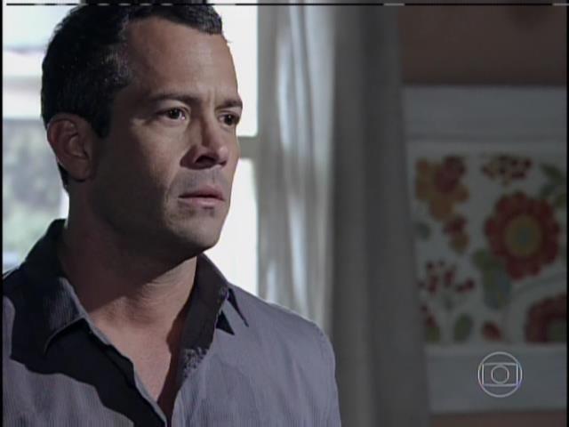 Bruno diz a Paloma que ele não a traiu