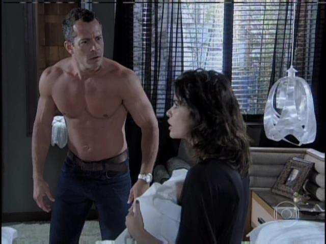 Bruno fico desesperado e pede para Aline desmentir o que disse