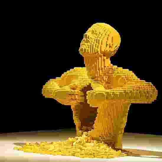 """Obra que faz parte da """"The Art of the Brick"""" ('A Arte do Tijolo', em tradução livre), maior exposição mundial de obras de arte feitas com blocos de Lego - Divulgação/©Fire-Starte"""