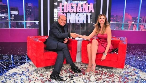 """26.nov.2013 - Marcelo de Carvalho é entrevistado por Luciana Gimenez no 'Luciana by Night"""""""