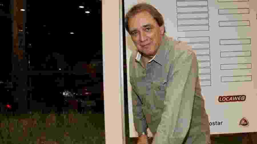 26.nov.2013 - O comentarista Reginaldo Leme marca presença no evento - Marcos Ribas/Foto Rio News