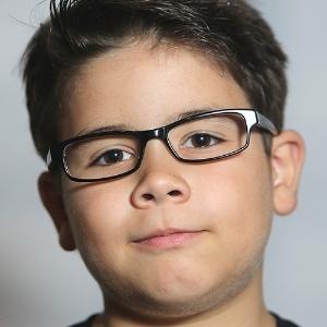e360a3d9d520b Fotos  Saiba como escolher o modelo certo de óculos para a criança ...