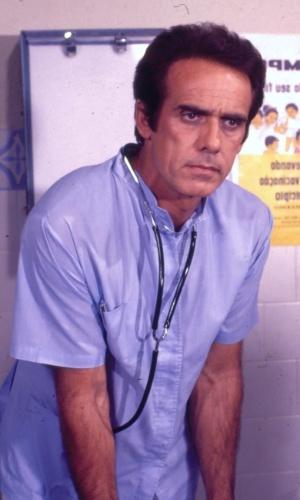 """1981 - Francisco Cuocou deu vida a Rodrigo Junqueira no seriado """"Obrigado, Doutor"""""""