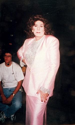 """1998 - Francisco Cuoco se vestiu de mulher para um dos episódios do humorístico """"Sai de Baixo"""""""