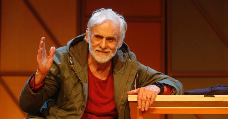 """2013 - Francisco Cuoco subiu aos palcos para a montagem da peça """"Uma Vida no Teatro"""""""