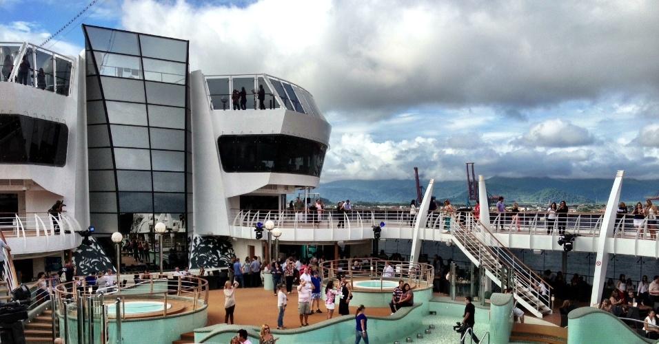 O navio Preziosa fará 21 cruzeiros pelo Brasil entre novembro de 2013 e abril de 2014. A embarcação começará suas viagens em Santos (SP) e visitará destinos como Ilhabela (SP), Ilha Grande (RJ), Búzios (RJ), Salvador (BA) e Ilhéus (BA)