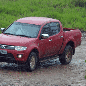 Mitsubishi L200 Triton HPE 2014 - Murilo Góes/UOL