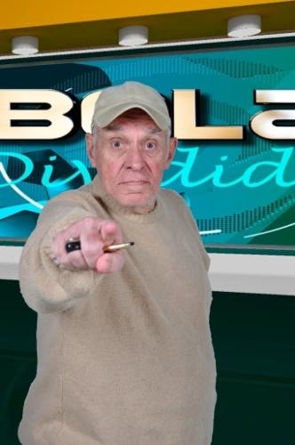 """""""Retrospectiva Bola Dividida"""", vai ao ar nos dias 23 e 24 de dezembro, às 11h30: Silvio Luiz apresenta, em dois programas especiais, um resumo dos principais acontecimentos envolvendo os clubes do Brasil e do mundo na temporada de 2013"""