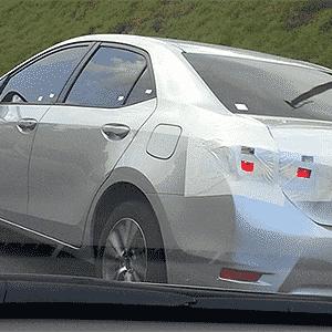 Toyota Corolla é flagrado em rodovia de São Paulo - Dennis Fabian/Carsale