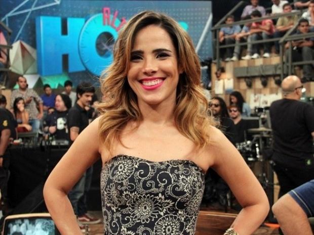 28.nov.2013 - A cantora Wanessa Camargo grava participação do