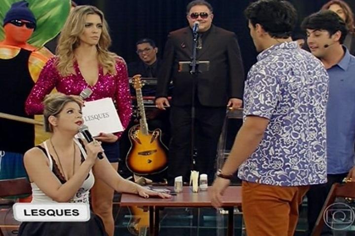 """Bruno de Luca ensina gringo a paquerar brasileiras no """"Amor & Sexo"""""""