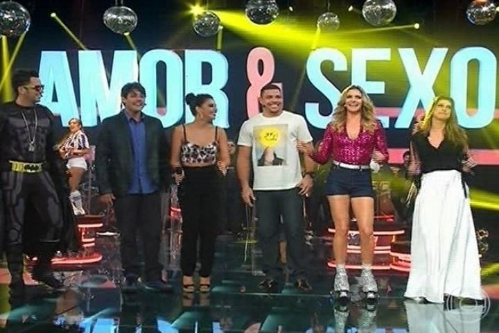 """Latino, Bruno de Luca, Mariana Rios, Ronaldo, Fernanda Lima e Fernanda Paes Leme no """"Amor & Sexo"""""""