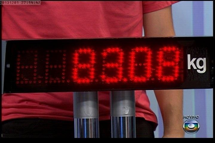 """01.dez.2013 - Quadro mostra o peso de Fábio Porchat depois de sair do """"Medida Certa"""", do """"Fantástico"""""""