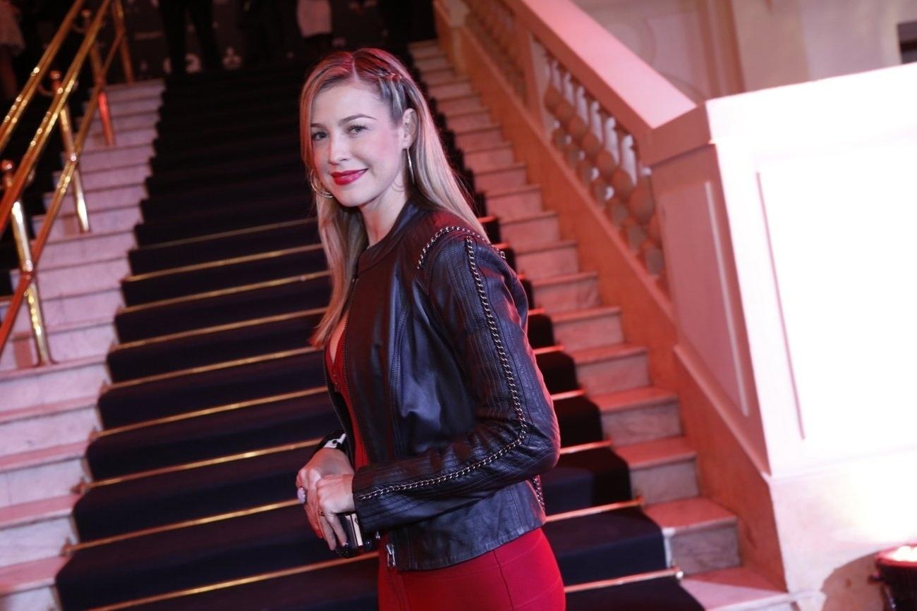 2.dez.2013- Luana Piovani na premiação da revista
