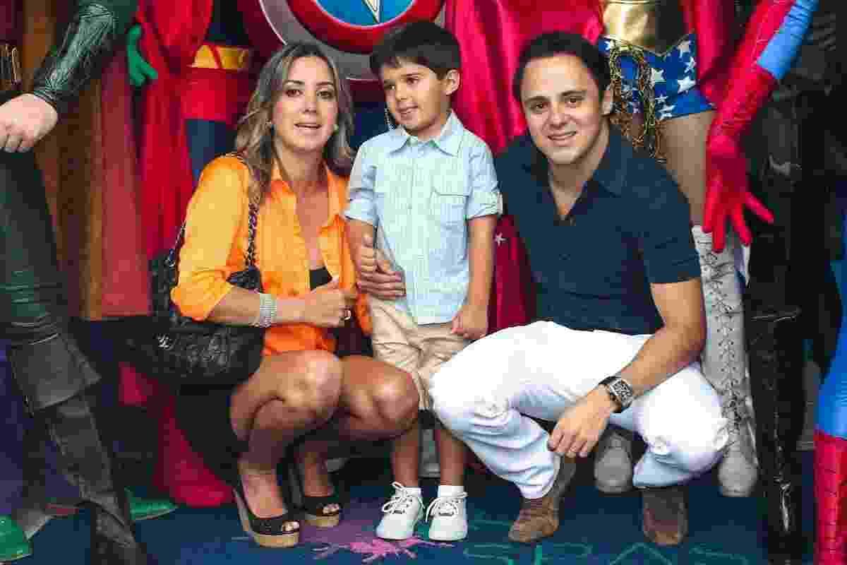 2.dez.2013 - Rafaela e Felipe Massa comemoram 4 anos do filho, Felipinho, em uma buffet infantil, em São Paulo - Manuela Scarpa e Marcos Ribas/Foto Rio News