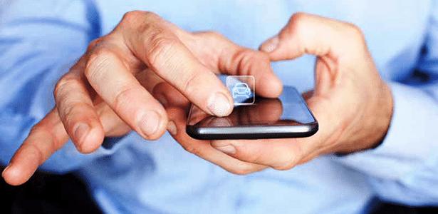 Uso da internet e dispositivos móveis substitui importância de conselhos de família e amigos - Divulgação