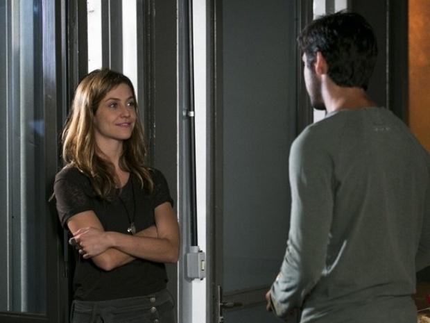 """Em """"Além do Horizonte"""", Paulinha fica chateada com Marlon"""