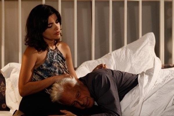 """Em """"Amor à Vida"""", Aline comemora a cegueira de César sendo ainda mais falsa"""