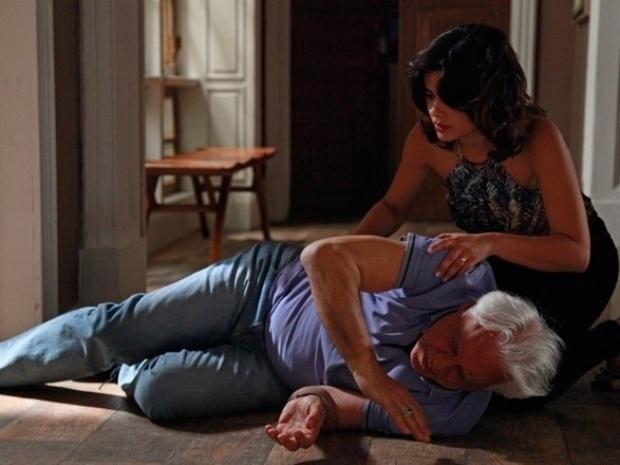 """Em """"Amor à Vida"""", César começa a perder a visão"""