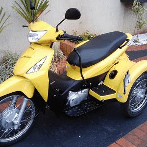 Honda Biz 125 adaptada pela Motor Gato - Divulgação