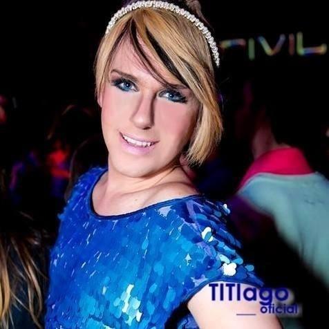 Nos finais de semana, Tiago faz performance de androginia nas boates de Juiz de Fora