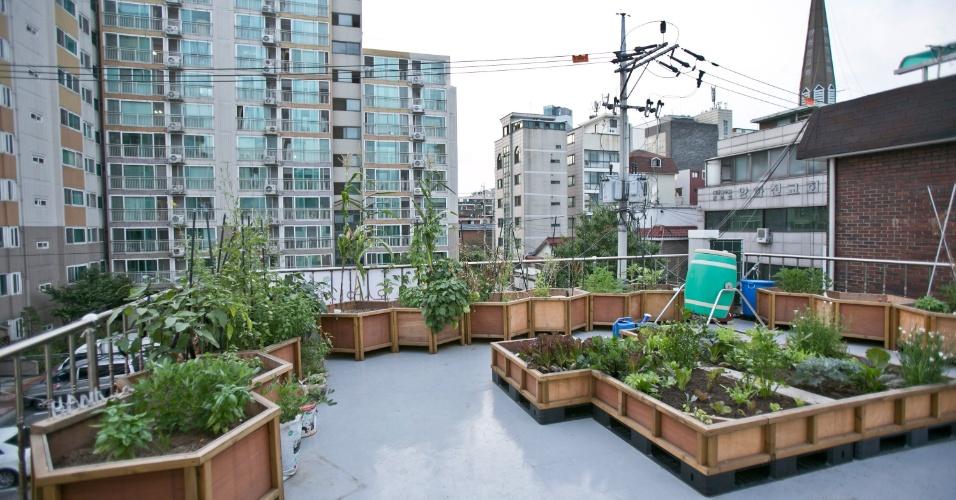 O espaço do Mudaeruk, em Hapjeong, em Seul, tem um jardim na cobertura e palcos para a apresentação de bandas indie