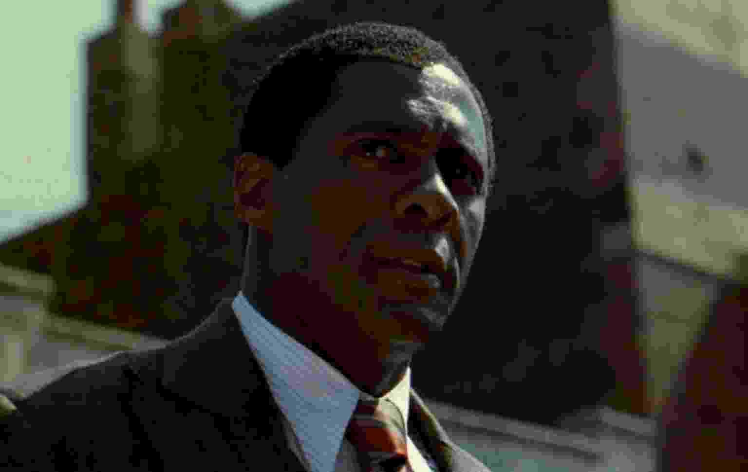"""Idris Elba é Nelson Mandela na cinebiografia """"Mandela: Long Walk to Freedom"""" (2013) - Reprodução"""