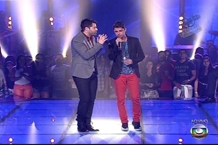 """A dupla André e Kadu cantaram """"Só Hoje"""", do Jota Quest, mas deixaram a competição"""