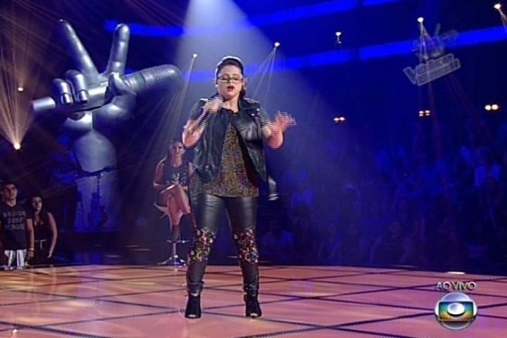 """Anne Marie cantou """"One and Only"""", sucesso de Adele. Ela não permanece na disputa"""