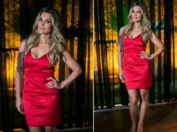 """Em """"Além do Horizonte"""", Heloísa vai para a balada com vestido sensual"""