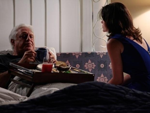 """Em """"Amor à Vida"""", Aline consegue a senha do cofre e do banco de César"""