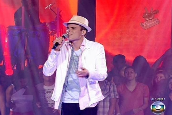 """Marco Lessa cantou """"Quem Te Viu, Quem Te Vê"""", de Chico Buarque. Do time de Carlinhos Brown, ele permanece na competição"""