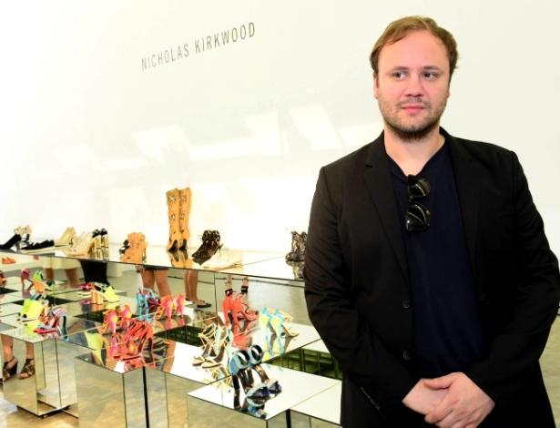 O designer Nicholas Kirkwood durante o showroom para a imprensa realizado em São Paulo e em parceria com o site de compras Farfetch - Clelby Trevisan/Divulgação