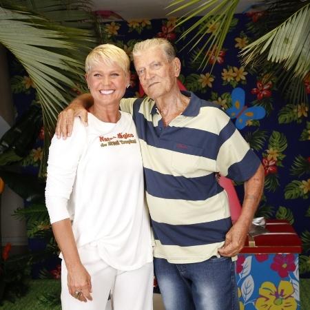Xuxa e Luiz Floriano em 2013 - AgNews